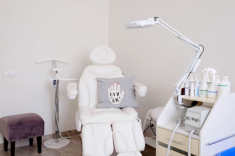 Prezentacja najdroższych foteli kosmetycznych