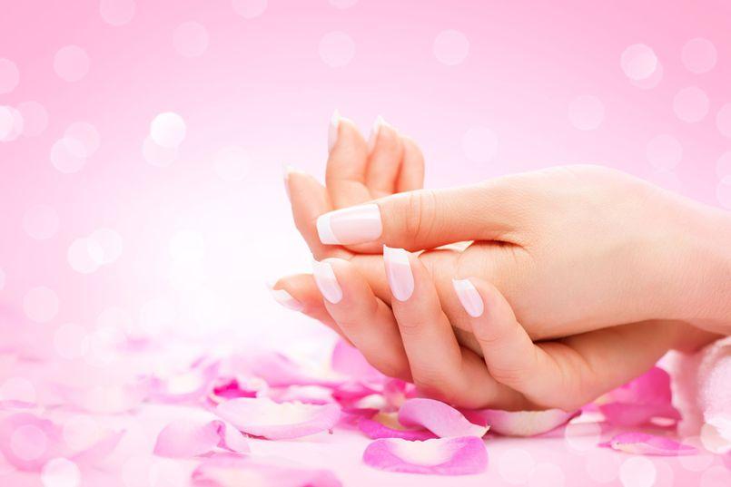 Odżywki do paznokci – zadbaj o ich zdrowie i wygląd!