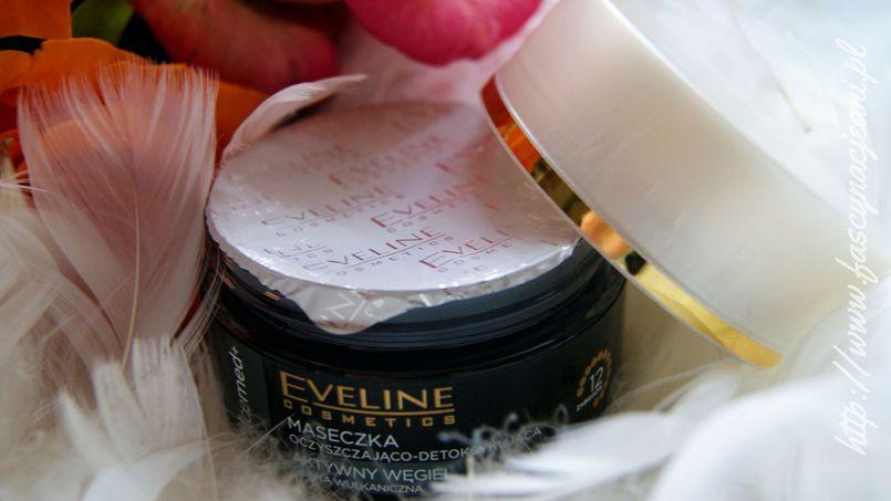 Czarny diament, czyli nowa maseczka Eveline Cosmetics